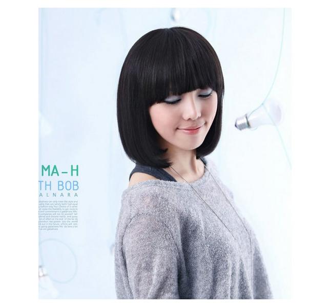 女生中发短发蓬松平流海斜刘海加长 (650x600)-发型关于 流海图片